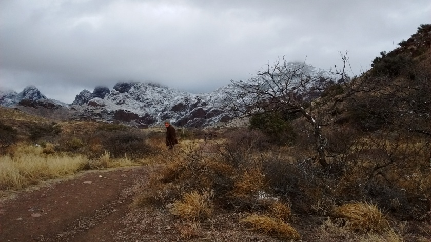 Heading up the trail into Soledad Canyon.